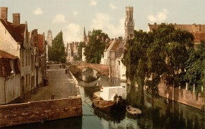Toward a polycentric economic world from Bruges to Shanghai